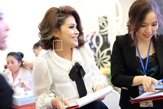Gặp gỡ nữ giám đốc xinh đẹp người tạo nên cuộc thi Queen Beauty 2019 - Ảnh 4.