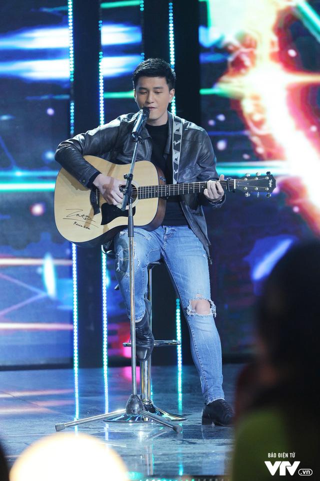 Gặp gỡ diễn viên truyền hình 2019: Huỳnh Anh như lãng tử với cây đàn guitar - Ảnh 2.