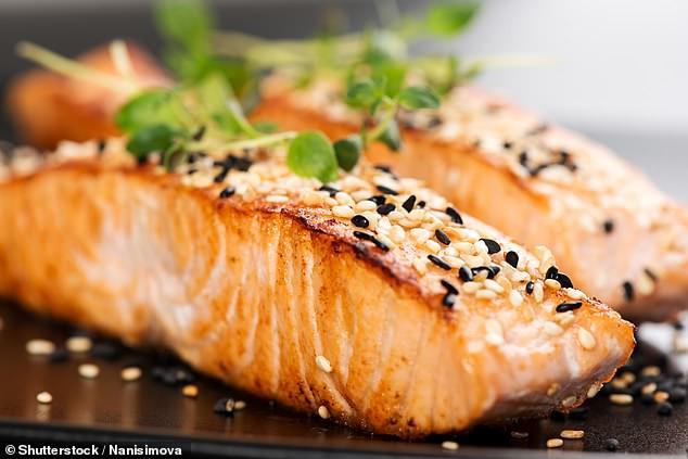 5 loại thực phẩm giúp bạn cải thiện thị lực - Ảnh 1.