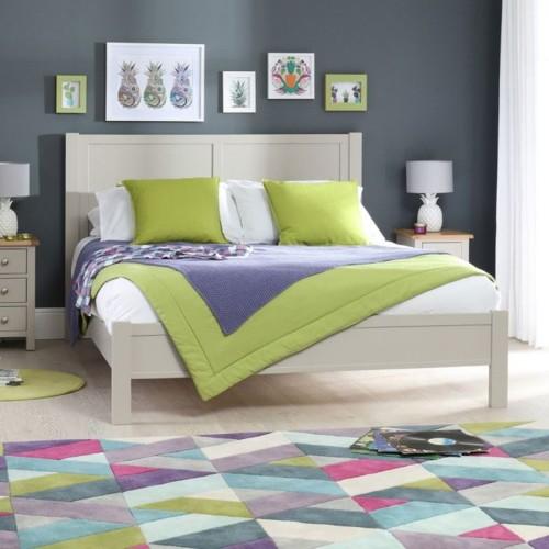 Giường ngủ đơn giản tiết kiệm diện tích - Ảnh 1.