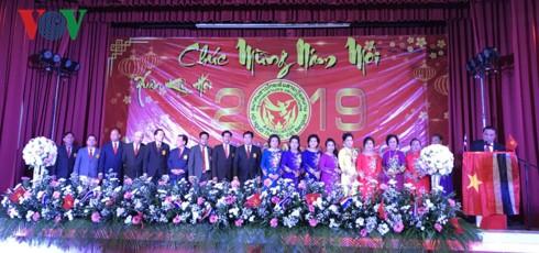 Tết cổ truyền dân tộc của người Việt tại Bangkok, Thái Lan - Ảnh 1.