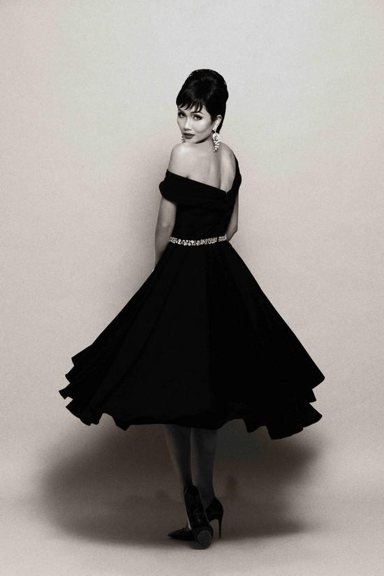 Khi HHen Niê theo phong cách Audrey Hepburn - Ảnh 1.