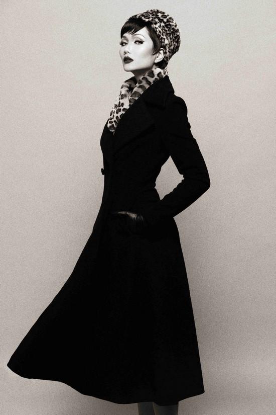Khi HHen Niê theo phong cách Audrey Hepburn - Ảnh 3.