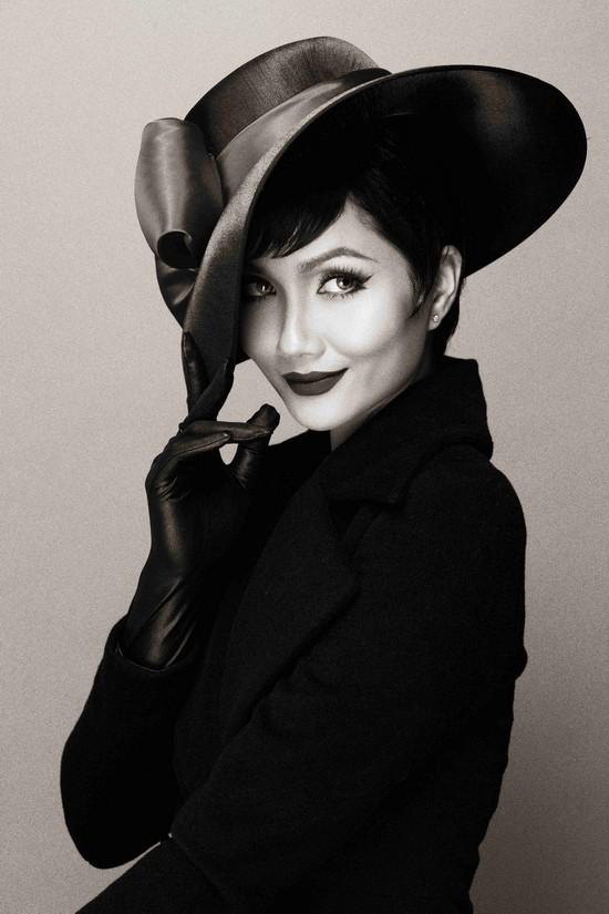 Khi HHen Niê theo phong cách Audrey Hepburn - Ảnh 9.