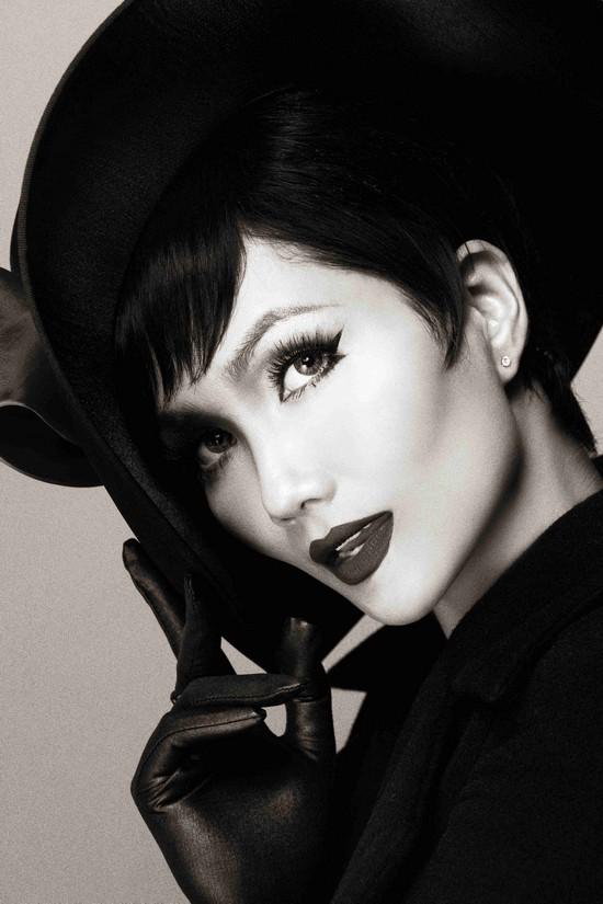 Khi HHen Niê theo phong cách Audrey Hepburn - Ảnh 10.