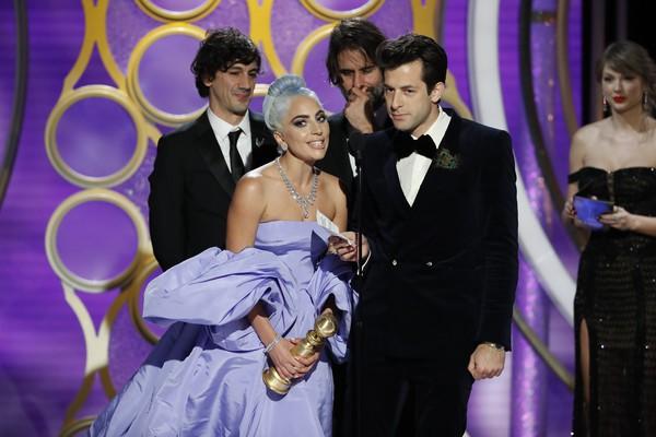 Quả cầu vàng 2019: Lady Gaga rực rỡ đến chói lóa - Ảnh 2.