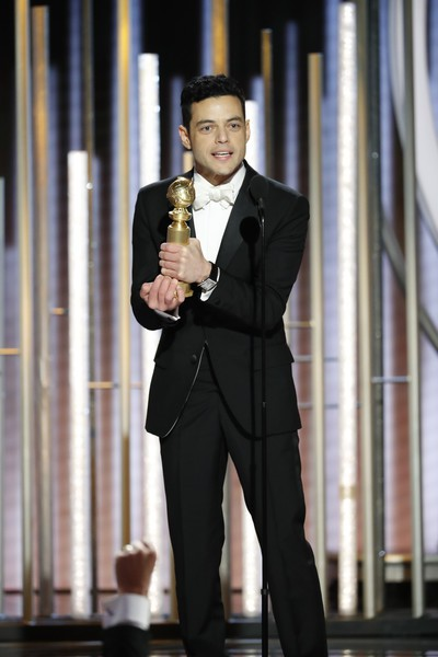 Nhận Quả cầu vàng, sao phim Bohemian Rhapsody quên cảm ơn đạo diễn phim - Ảnh 1.
