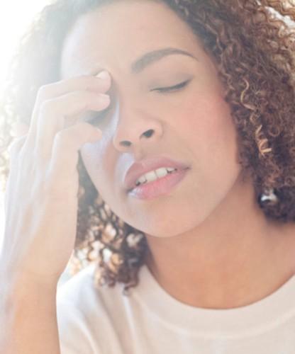9 nguyên nhân không ngờ khiến hơi thở có mùi - Ảnh 4.