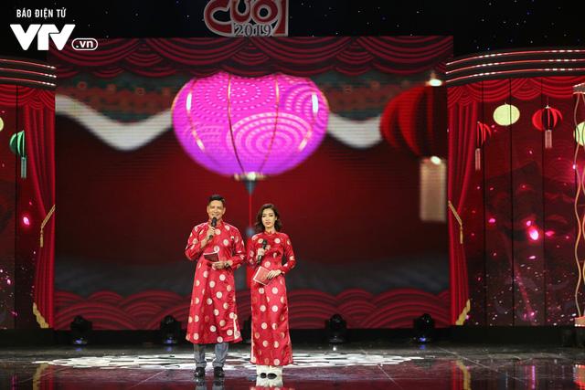 Hoa hậu Đỗ Mỹ Linh lần đầu xuất hiện ở Gala cười 2019 - Ảnh 5.