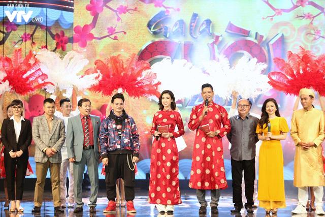 Hoa hậu Đỗ Mỹ Linh lần đầu xuất hiện ở Gala cười 2019 - Ảnh 8.