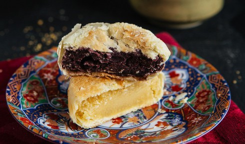 The Philippines' hopia cakes