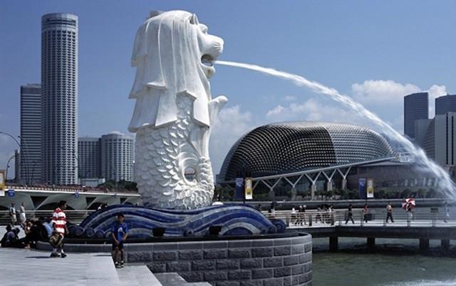 Hé lộ những điều bí mật ít biết về tượng sư tử biển nổi tiếng Singapore - Ảnh 2.
