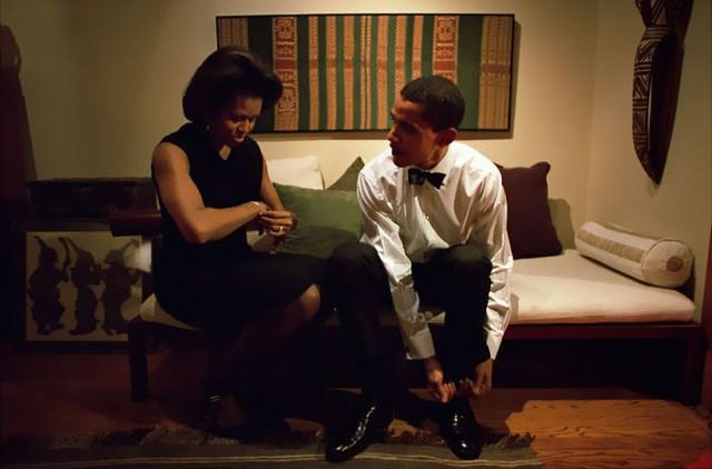 Chùm ảnh kỷ niệm ngày cưới của vợ chồng ông Obama thu hút hơn 2 triệu like trên Twitter - Ảnh 12.