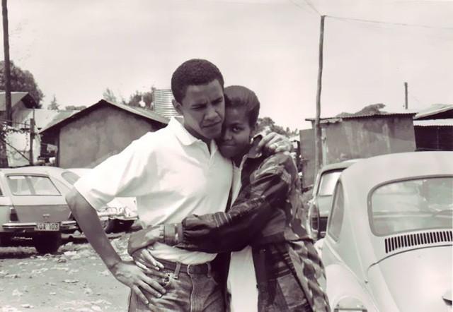 Chùm ảnh kỷ niệm ngày cưới của vợ chồng ông Obama thu hút hơn 2 triệu like trên Twitter - Ảnh 3.