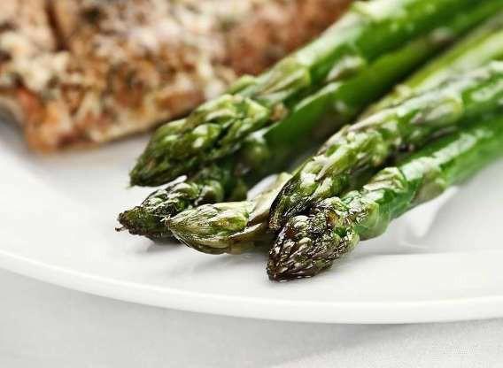10 thực phẩm nhiều dinh dưỡng hơn khi nấu chín - Ảnh 3.