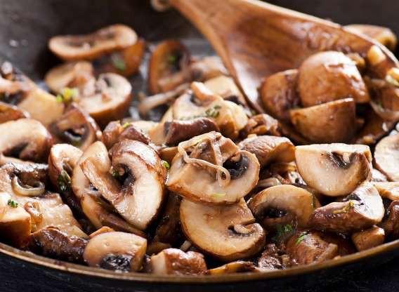 10 thực phẩm nhiều dinh dưỡng hơn khi nấu chín - Ảnh 5.