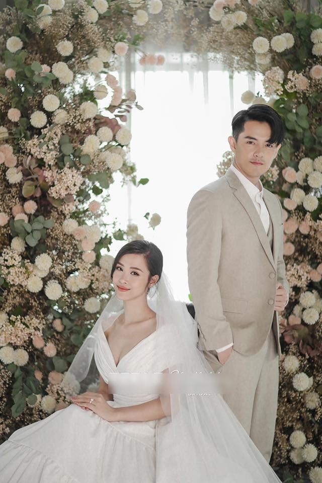 Trọn bộ ảnh cưới đẹp lung linh của Đông Nhi - Ông Cao Thắng - Ảnh 6.