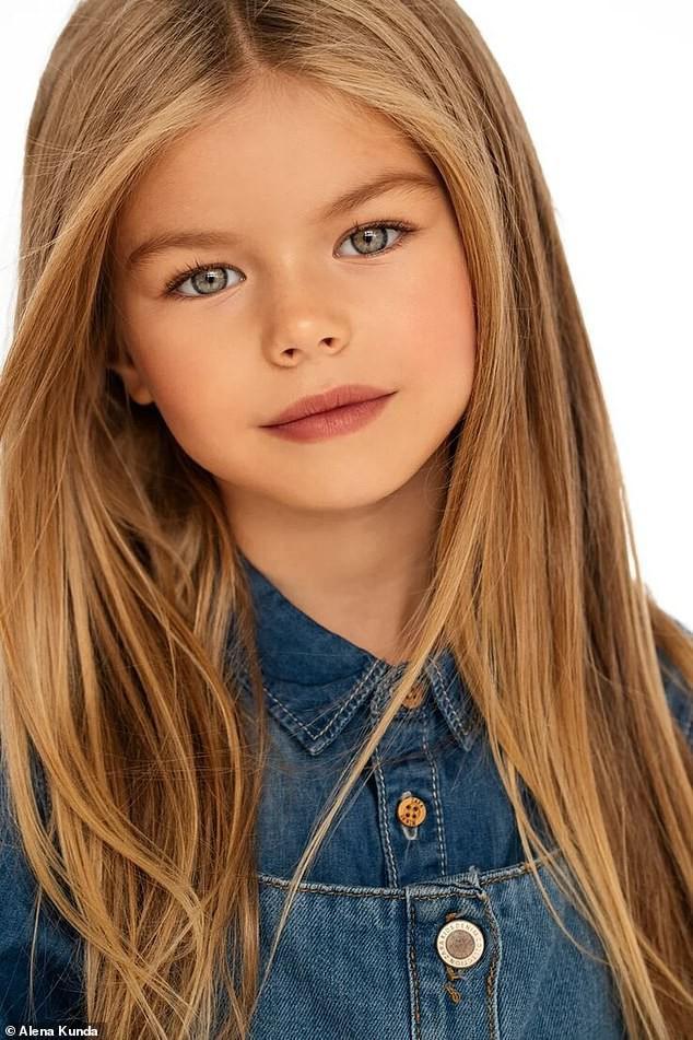 Mẫu nhí 6 tuổi người Nga được ca ngợi là bé gái xinh đẹp nhất thế giới - Ảnh 1.