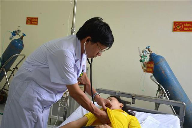 Vụ ngộ độc khí tại Nam Định, hơn 50 công nhân đang tiếp tục được điều trị - Ảnh 1.