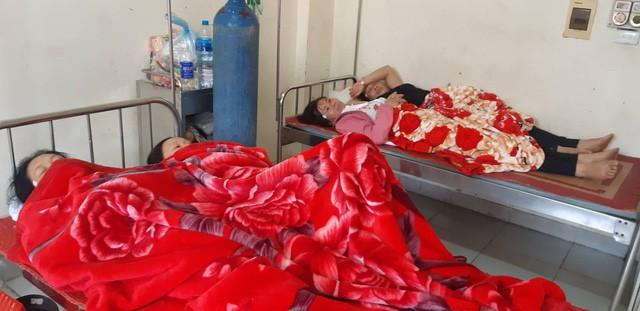 Vụ ngộ độc khí tại Nam Định, hơn 50 công nhân đang tiếp tục được điều trị - Ảnh 3.