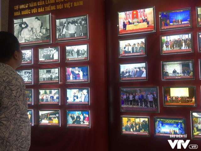 Kỷ niệm 150 năm ngày sinh lãnh tụ Ấn Độ Mahatma Gandhi tại Hà Nội - Ảnh 2.