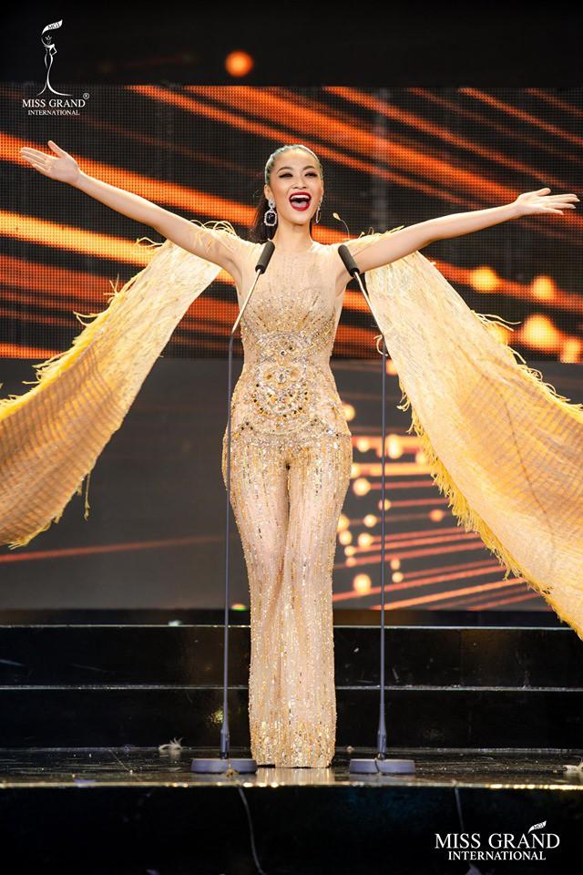 Kiều Loan diện jumpsuit, bikini trình diễn trong đêm Bán kết Miss Grand International 2019 - Ảnh 4.