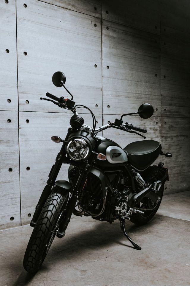Ducati chỉ làm mới Scrambler bằng phiên bản Icon Dark cho năm 2020 - Ảnh 1.