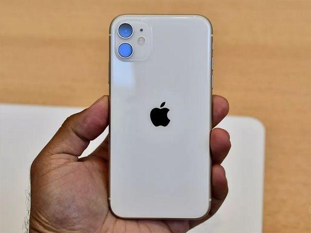 Được và mất gì khi mua iPhone chính hãng và iPhone xách tay? - Ảnh 4.