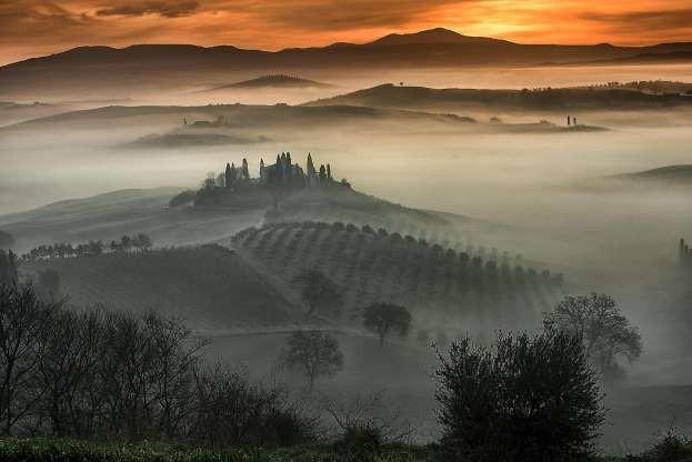 Vẻ đẹp của các thành phố trên thế giới khi chìm trong sương sớm - ảnh 12