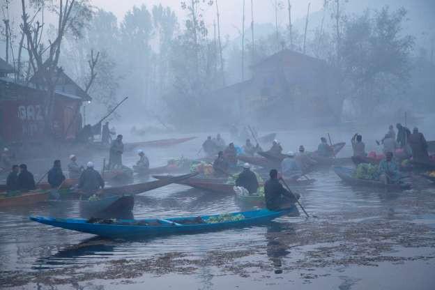 Vẻ đẹp của các thành phố trên thế giới khi chìm trong sương sớm - ảnh 5