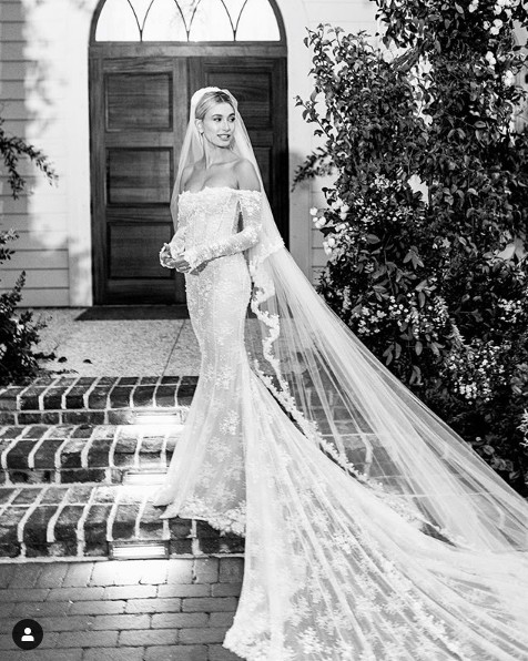 Ảnh cưới của Justin Bieber - Hailey Baldwin gây choáng ngợp - Ảnh 3.