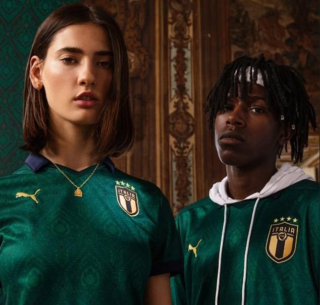 Đội tuyển Italia gây bất ngờ với màu áo mới - Ảnh 2.