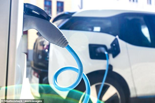 Sự gia tăng sản xuất xe điện có thể đặt ra một vấn đề môi trường mới - Ảnh 1.