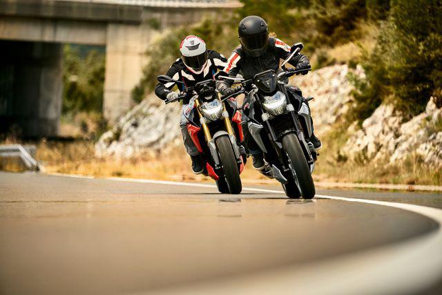 BMW Motorrad ra mắt bộ đôi onroad cỡ trung F900R và F900XR - Ảnh 14.
