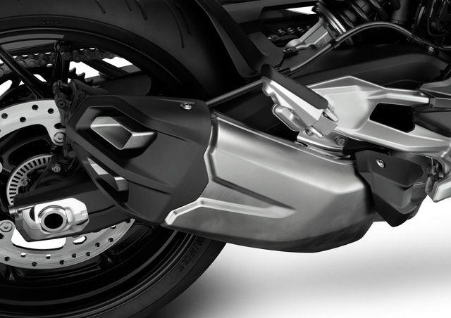 BMW Motorrad ra mắt bộ đôi onroad cỡ trung F900R và F900XR - Ảnh 21.