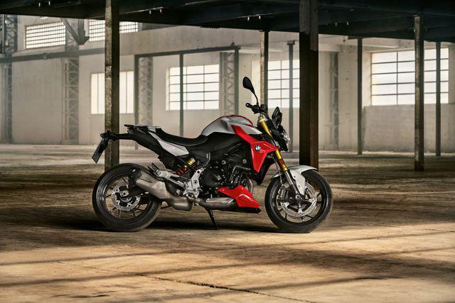 BMW Motorrad ra mắt bộ đôi onroad cỡ trung F900R và F900XR - Ảnh 24.