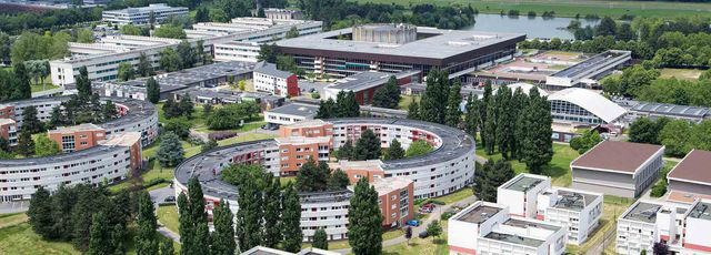 Những trường đại học nhỏ nhưng có võ trên thế giới - Ảnh 1.