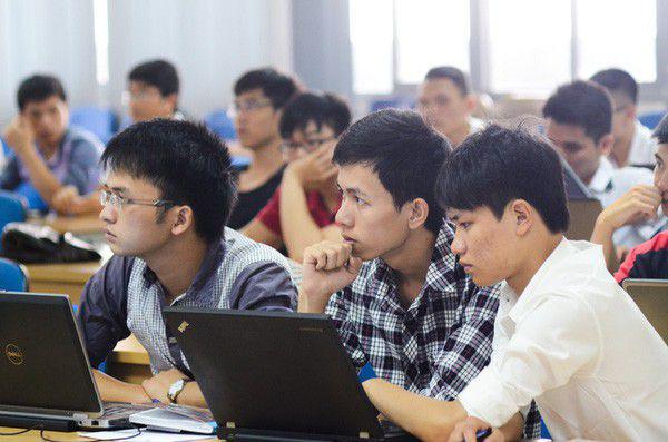 Dạy học đại học theo hình thức trực tuyến không được vượt quá 20% số tín chỉ - Ảnh 1.