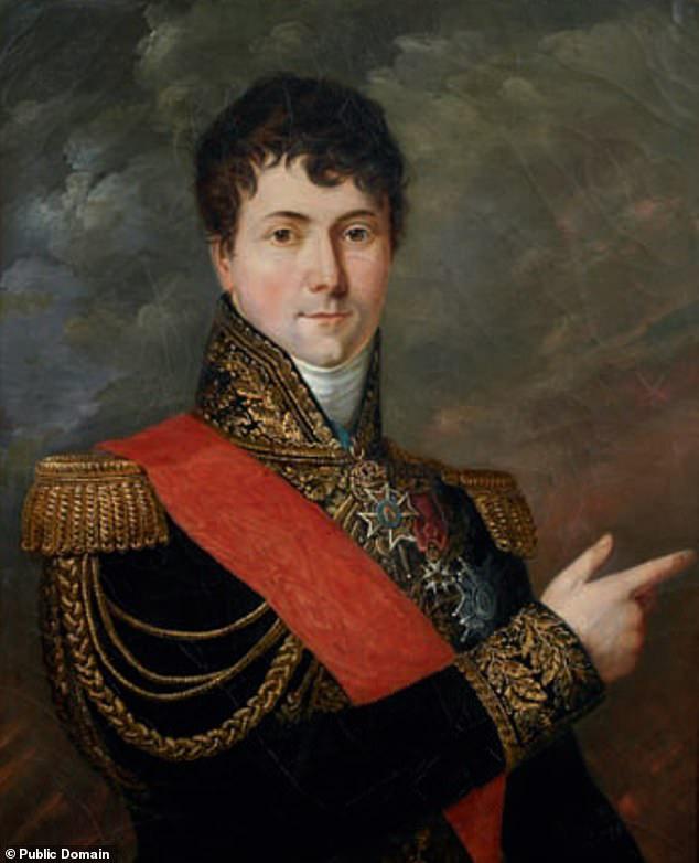 Tìm thấy hài cốt của vị tướng một chân dưới quyền Napoleon - Ảnh 3.