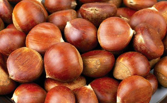 Tràn lan hạt dẻ Trung Quốc gắn mác hàng trong nước - Ảnh 1.