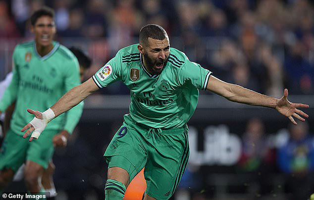 Valencia 1-1 Real Madrid: Thoát hiểm phút bù giờ! - Ảnh 2.