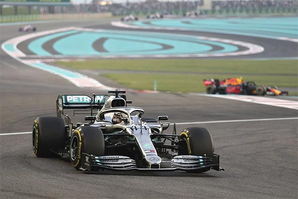 Lewis Hamilton giành chiến thắng chặng tại GP Abu Dhabi - Ảnh 1.