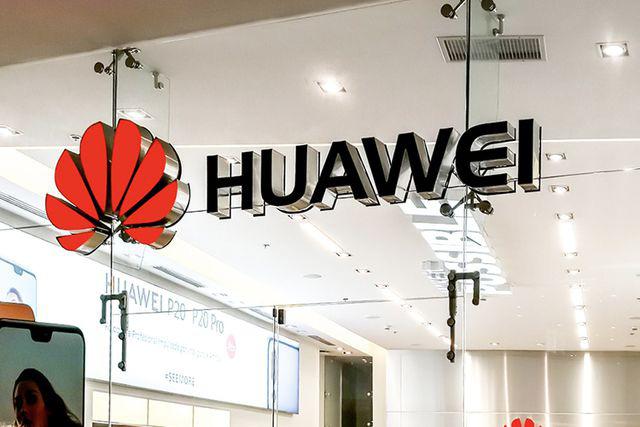 """Thị trường smartphone: Samsung nới rộng khoảng cách, Apple chuẩn bị """"vượt mặt"""" Huawei - Ảnh 1."""