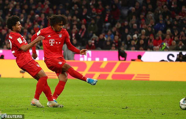 Bayern Munich 2-0 Wolfsburg: Tài năng trẻ Zirkzee lập công - Ảnh 4.
