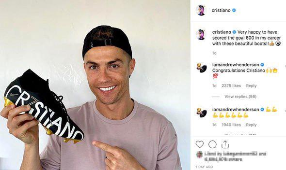 Ronaldo vô địch kiếm tiền trên Instagram năm 2019 - Ảnh 1.