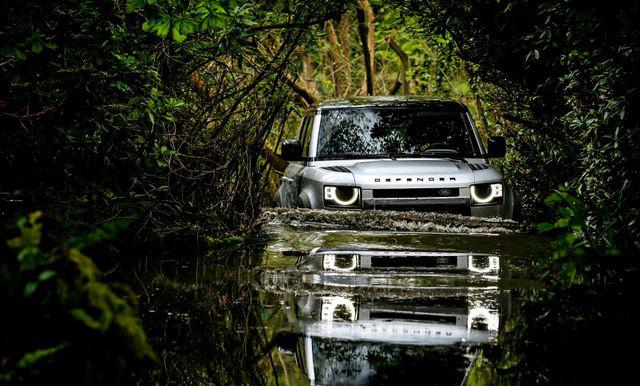Xe nào có khả năng lội nước đỉnh nhất? - Ảnh 2.