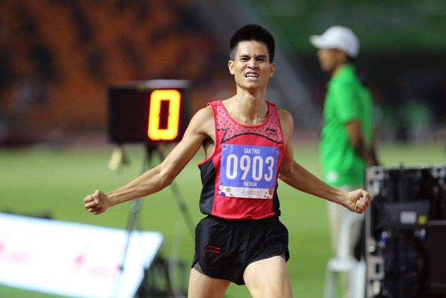 Khoảnh khắc ấn tượng trong ngày thi đấu 8/12 tại SEA Games 30: Ngày vàng của thể thao Việt Nam - Ảnh 6.