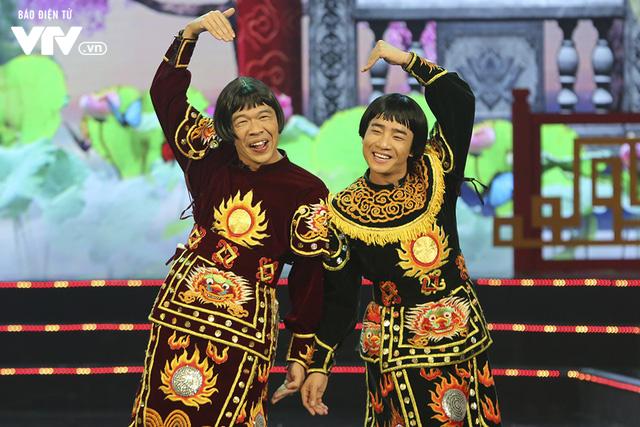 Trang phục hé lộ những màn tung hứng khó đỡ của Táo quân 2019 - Ảnh 5.
