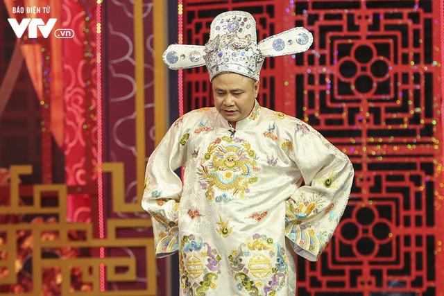 Trang phục hé lộ những màn tung hứng khó đỡ của Táo quân 2019 - Ảnh 12.