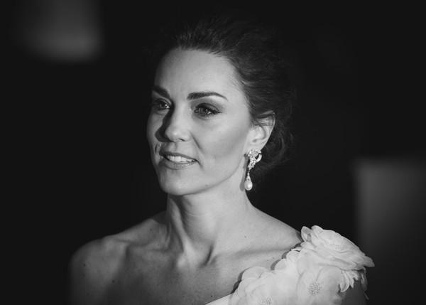 Những khoảnh khắc tuyệt đẹp của sao thế giới tại BAFTA 2019 - Ảnh 1.